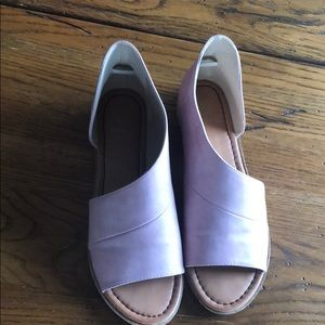 Pink sandals!